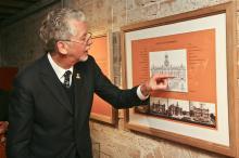 Documentos e fotos contam a História do Paço dos Açorianos