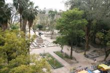 As características originais da Praça da Alfândega já estão visíveis...