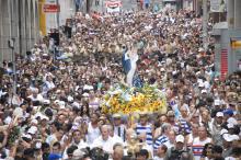 Como em 2013, milhares de fiéis estarão da Procissão de Navegantes no domingo