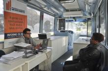 Empreendedores podem formalizar negócios e obter informações nos ônibus