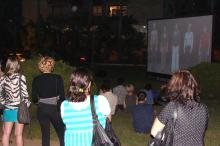 Público da 6ª Videoarte se reuniu no jardim da Estação Moinhos de Vento