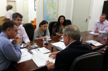 Secretários se reúnem para resolver questões do Quilombo da Família Silva