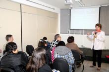 Professora Sílvia Nunes Ramos apresentou, na abertura, teorias do cotidiano