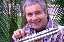 Edu Natureza é instrumentista, arranjador, cantor, letrista e professor