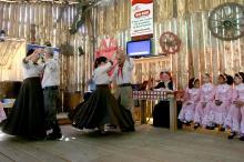 Oficina de dança em Libras foi primeiro contato dos jovens com a cultura gaúcha