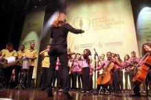 Projeto presta mais de 800 atendimentos semanais a crianças e adolescentes