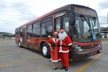 Ônibus do Papai Noel começa a circular no próximo sábado, 14