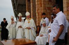 Melo sancionou a lei no próprio Santuário Nossa Senhora Mãe de Deus