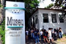 Grupo aprendeu mais sobre Porto Alegre no Museu Joaquim José Felizardo