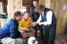 Phill Wright e Tony Spurgo participam de oficina do projeto Turismo de Galpão