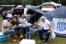Argentinos já estão acampados na