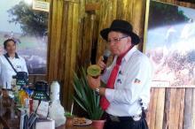 Atividade mostrou como é preparada a bebida típica gaúcha