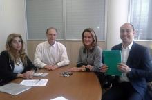Executivos apresentaram o projeto � secret�ria Deborah Pilla Villela