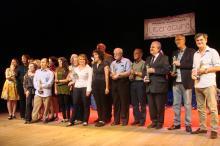 Vencedores de cada categoria recebem um troféu criado por Xico Stockinger