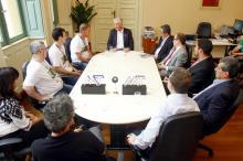Plano institui cinco cargos amplos, tr�s deles administrativos e dois t�cnicos