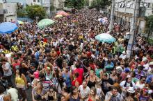 Desfile do bloco Maria do Bairro