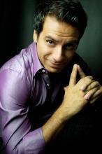 Barítono Carlos Rodriguez é atração da edição de fevereiro