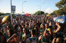 Quase 290 mil pessoas já participaram dos 13 dias de Carnaval de Rua