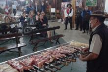 Noite Gaúcha terá oficinas de churrasco, chimarrão e danças tradicionais