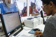 Sistema estabelece prontuário eletrônico para atendimento dos pacientes