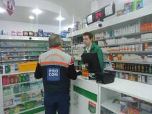 Pesquisa foi realizada em cinco redes de farmácias da Capital