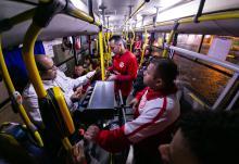 Dez ônibus Especial Futebol sairão do Largo Glênio Peres até o Beira-Rio