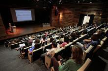 Cerca de 120 profissionais participaram desta edição do Ciclo de Debates