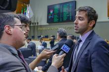 Secretário municipal da Fazenda, Leonardo Busatto, acompanhou a votação